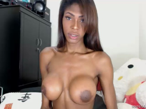 Image queengiselle ts 11-08-2016 Chaturbate