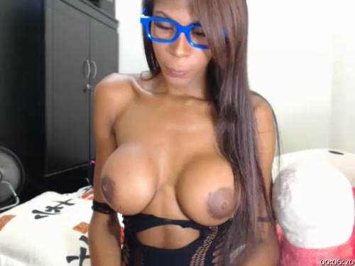 Image queengiselle ts 14-08-2016 Chaturbate