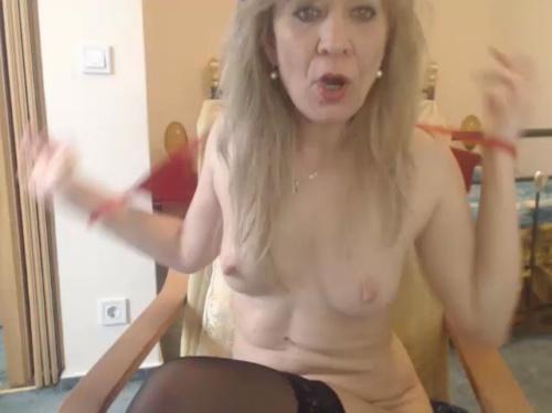 Image LovelyAngie  [25-03-2017] Topless