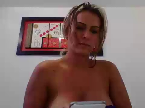 Image hade_sexy  [02-04-2017] Topless