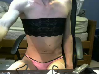 Image skinnychristy94 ts 16-04-2017 Chaturbate