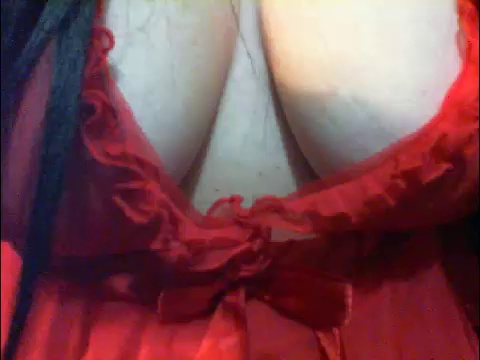 Image PetraDias  [03-05-2017] Topless
