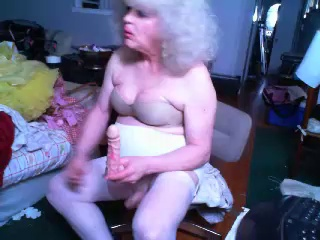 Image pettisue ts 12-05-2017 Chaturbate