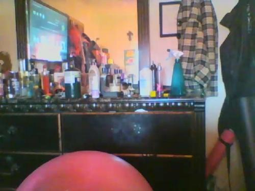 Image Brokenhalf  [01-06-2017] Webcam