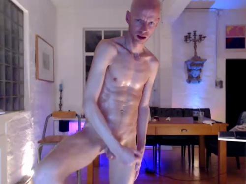 Image DO_nextdoor  [11-06-2017] Topless