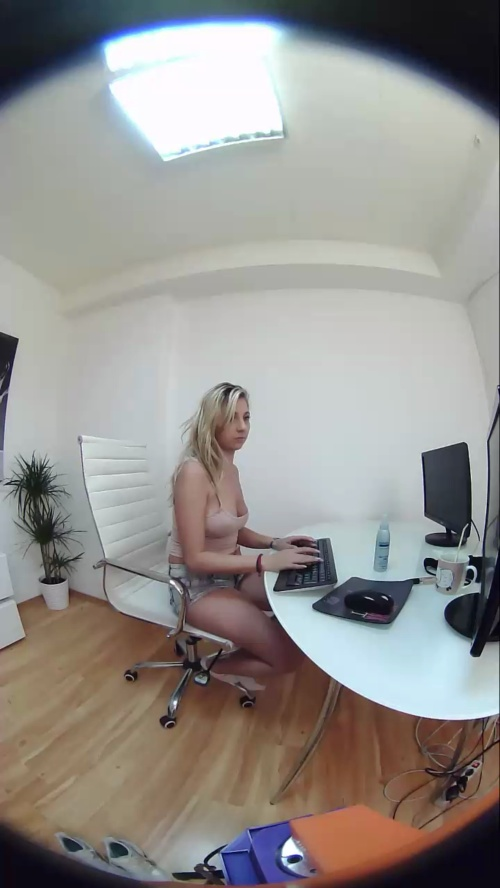 Image Candy_Eyes  [17-06-2017] Topless