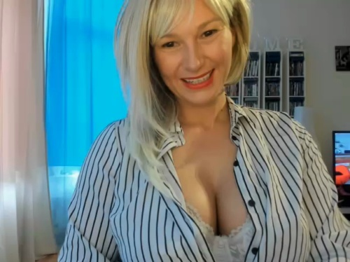 Image blowjobjosie  [02-09-2017] recorded