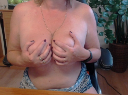 Image monesexy  [12-09-2017] Topless
