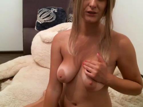 Image jully4u  [26-09-2017] Topless