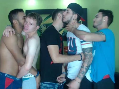 super_guys Chaturbate 04-10-2017 Topless
