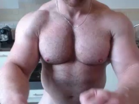 musclebullxx29 Chaturbate 18-10-2017 Topless