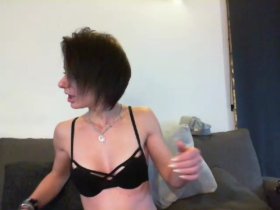 Image lalyhot01  [26-01-2018] Topless