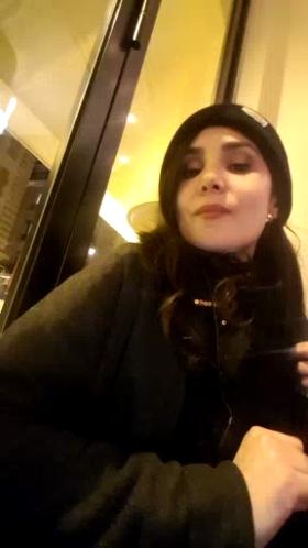 Image MadameJulia  [13-02-2018] Webcam