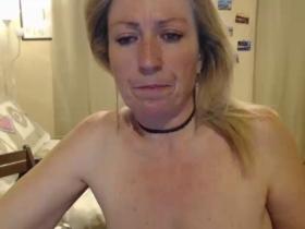 Image Cheyenne75  [01-03-2018] Topless