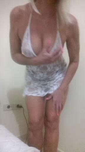 Image BlondeWifeMG  [21-04-2018] Porn