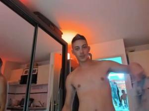 Image HuGo4K  [08-08-2018] Topless