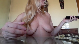 Image beckyhammon1  [04-09-2018] Topless