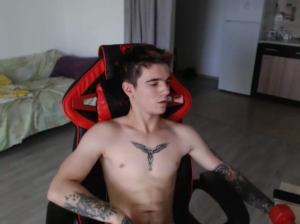 Image snipergiova  [13-09-2018] Naked
