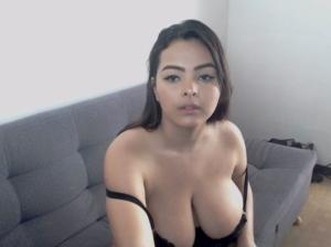 Image juliannab3nz  [04-10-2018] Topless