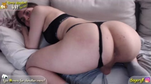 aryll Chaturbate 05-10-2018 Topless