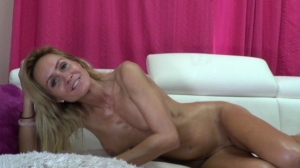 Image FitMilfBecca  [15-10-2018] Topless