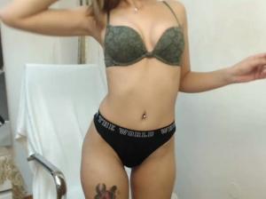 Image DyanaDivax  [28-10-2018] Topless