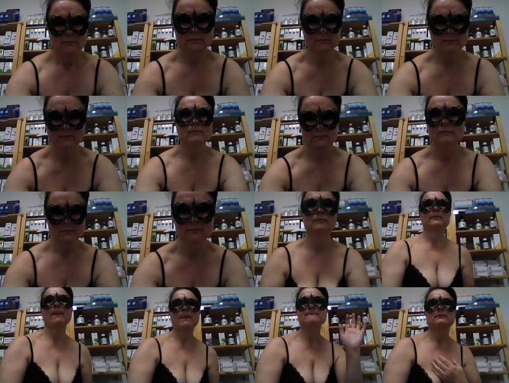 DesideraMe  [05-11-2018] Topless