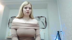 Blondiebetsy Downloading video