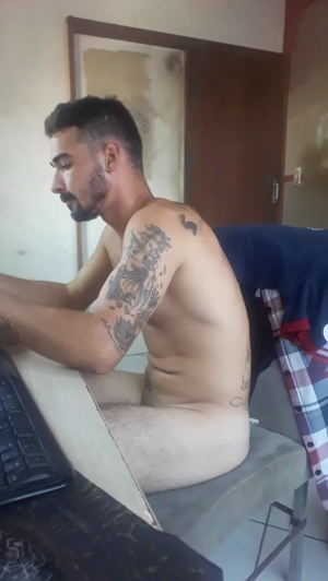 Image sexyboy2213  [30-12-2018] Show