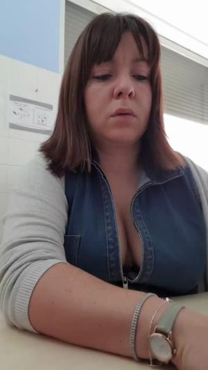 Image Kaline33  [02-01-2019] Topless