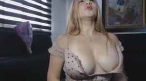 Image KarlaGomez  [08-03-2019] Topless