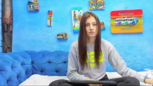 urnaughtyfoxes 21-04-2019 Topless Chaturbate