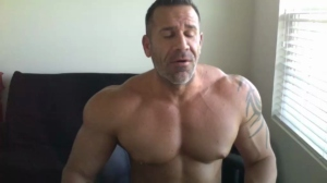 straightmuscleandmore Chaturbate 30-04-2019 Webcam