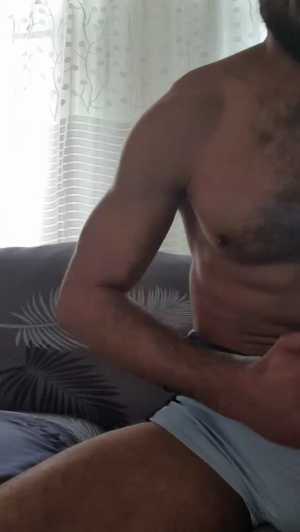 Image diego1343  [22-05-2019] Topless