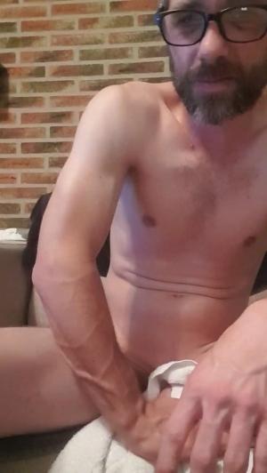 bigdickguy36 18-06-2019 Cam4