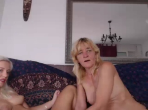 Image sophiehot22  [19-07-2019] Show