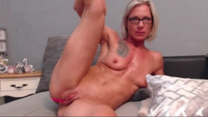 Image trophymilf  [21-07-2019] Video