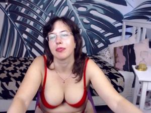 Image lizclassy  [04-10-2019] Topless