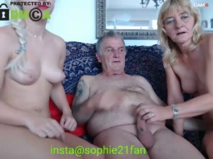 Image sophiehot22  [02-11-2019] Show