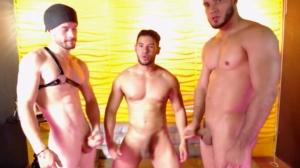 Querhyus Chaturbate 03-02-2020 Topless